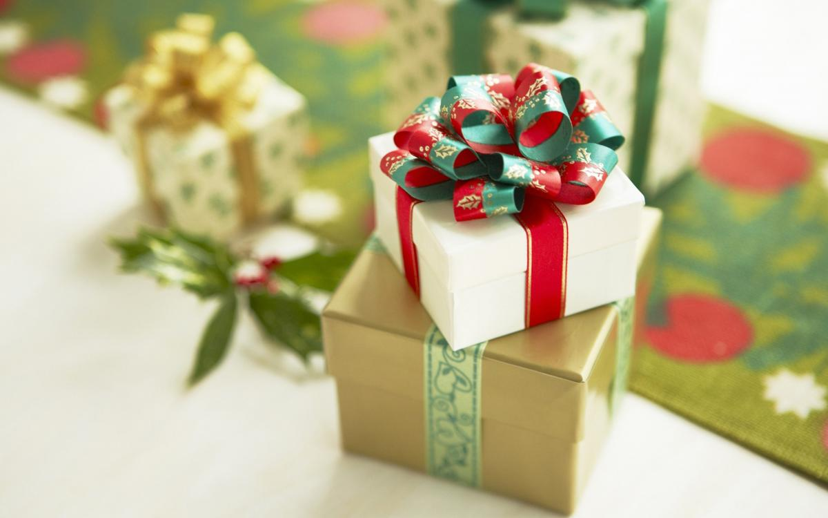 Top reasons you should consider shopping for gifts online